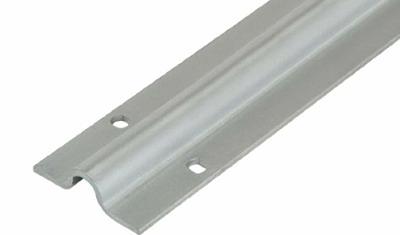 Una cantonera para estanterías fabricada en aluminio