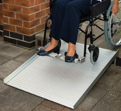 Rampa de aluminio para sillas de ruedas