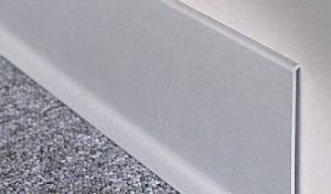 zócalo de aluminio para cocina y baño